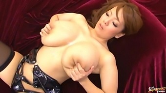 Busty Japanese Girl Gets Her Pussy Fucked By Lot Of Guys - Hitomi Tanaka