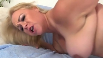 Old Women Enjoy Taking Hard Dicks From Behind In And Getting Fucked In Doggy Style