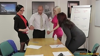 Amber Rodgers And Her Best Friends Team Up To Suck Their Boss