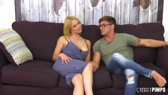 Naked Jer Morose Places His Wiener Into Sarah Vandella'S Lips