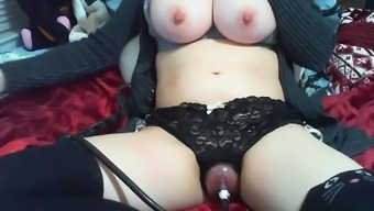 Amateur Busty Nipple Clamps And Pussy Station