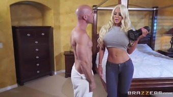 Slutty Nicolette Shea Publicizing And Requiring Her Pussy Wrecked