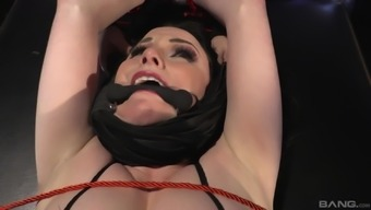 Veruca James Serves As A Involved Dark Ready To Be Penetrated Very Difficult