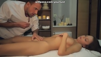 Horny Blond Teenager Gets Her Pussy Fucked After Enjoyable Massage Session Session