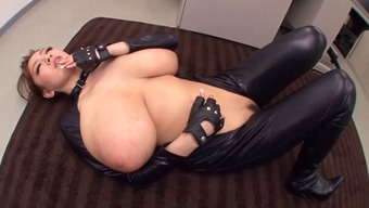 Colossal Naturally-Occuring Titties Hitomi In Latex -B$R