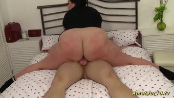 Extreme Excess Weight Contortion Babe Likes Crazy Kamasutra Sex Positions