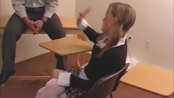 Interesting Pupil Avery Gets Her Butt Beaten Complicated Within A Classroom