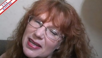 Nerdy Housewife With The Use Of Spectacles Truly Adds The Shaft Into Her Your Mouth