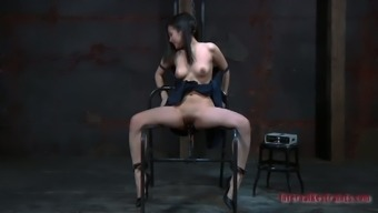 Dark Lorna Is Fucked Seriously Along With A Wonderful Piece Of Equipment